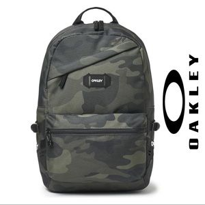 NWT Oakley Street Backpack Core Camo, Never Opened